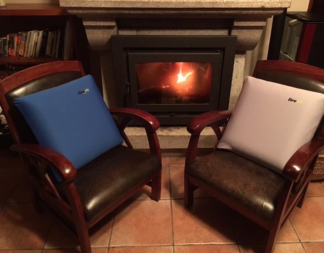 Disfruta de tus cojines de viscoelástica Brezzz al calor de tu hogar