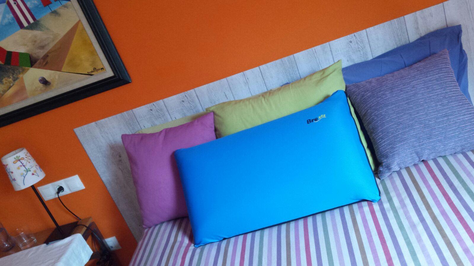 Da color a tu hogar con las almohadas y cojines de viscoelástica Brezzz