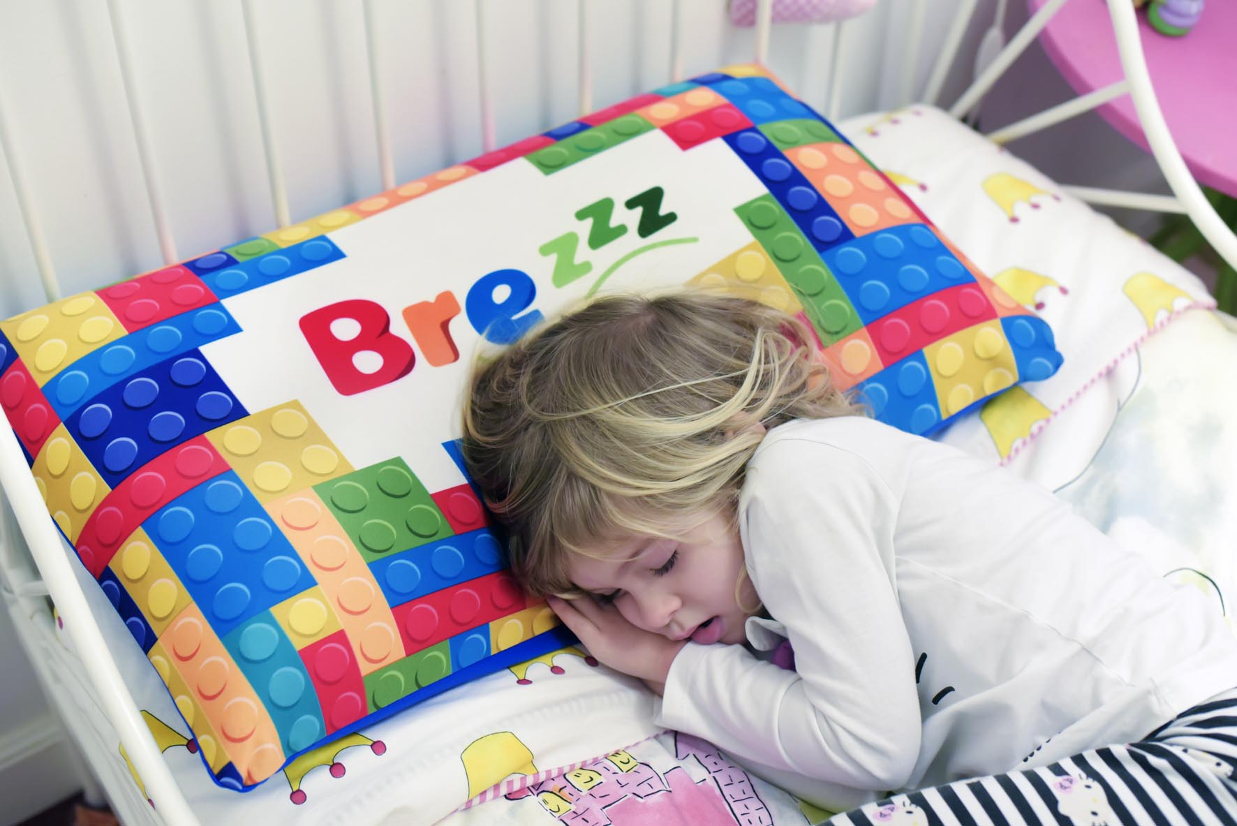 Almohada viscoleastica para niños Brezzz